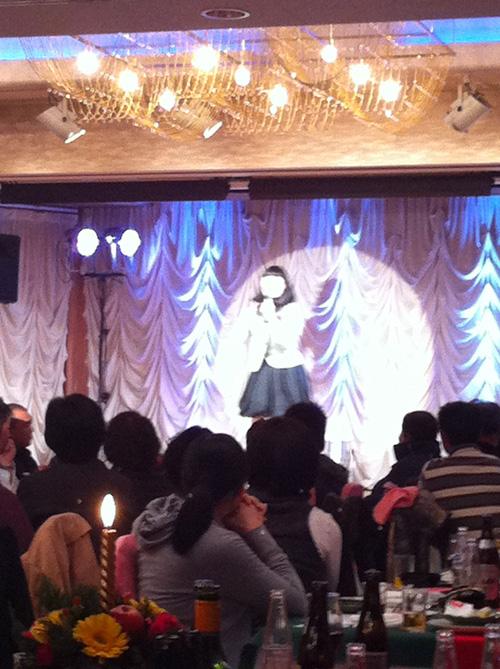 松浦シティホテルのクリスマスディナーショー/なかじままりの爆笑ものまねライブ