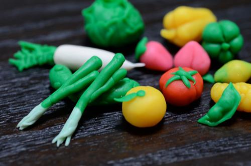 粘土で作った野菜